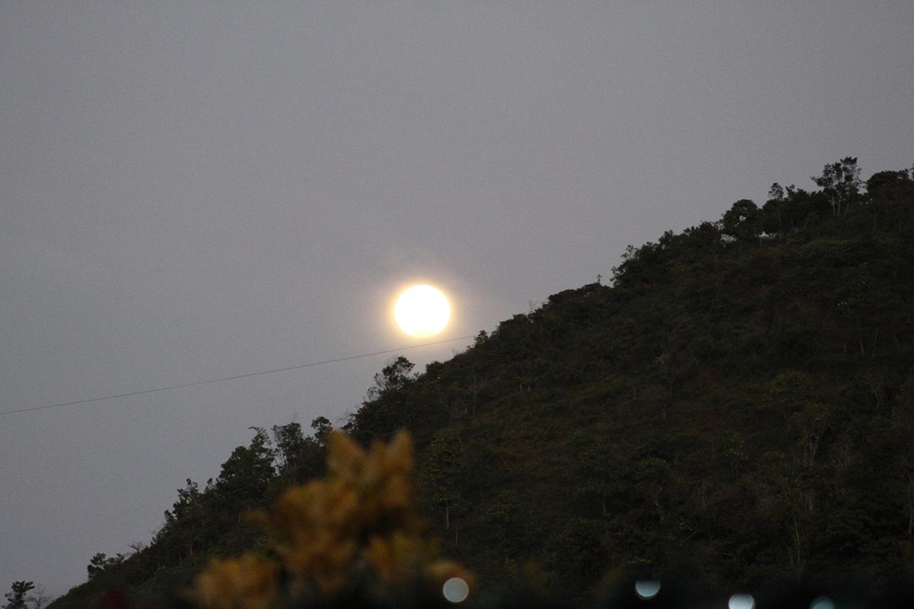 Luna sobre Cundinamarca